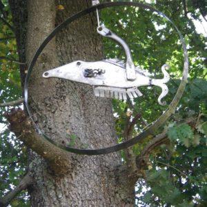 poisson volant sculpture récupération